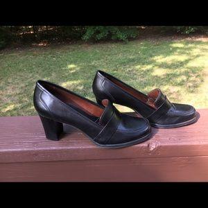 Naturalizer Black Shoe